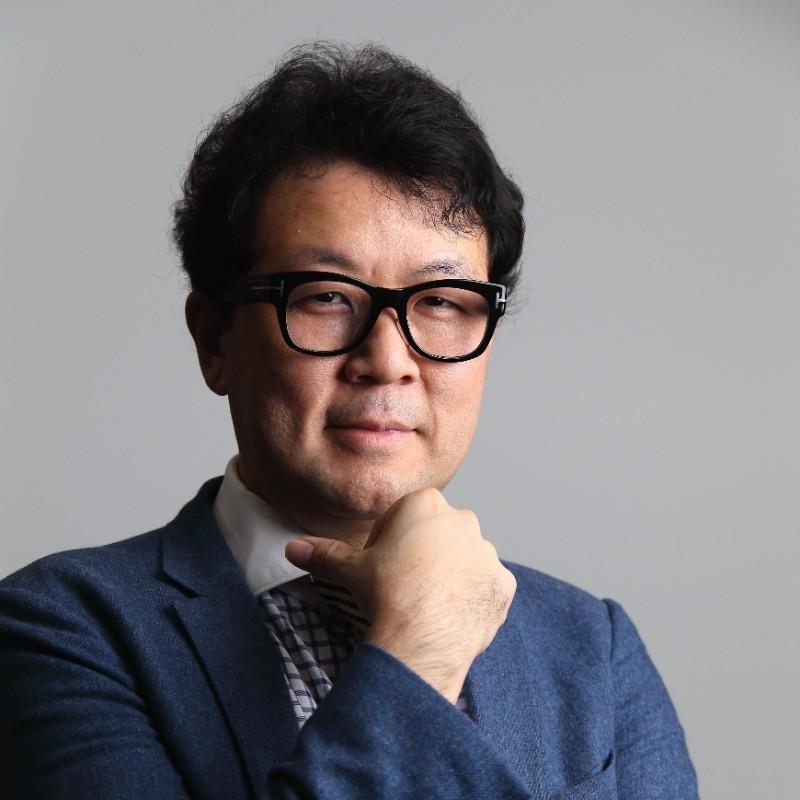 Hirofumi Hatomi